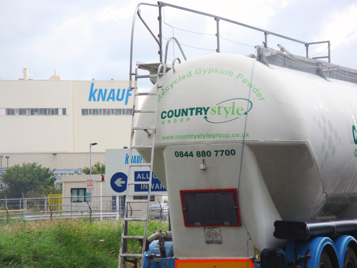Countrystyle recycling plasterboard and provide gypsum powder to Knauf for use in the production of new plasterboard