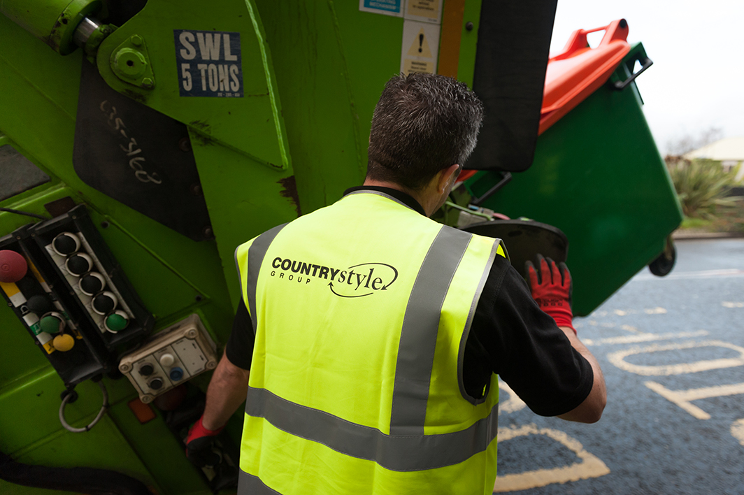 Countrystyle waste management services, Wheelie bin collections at businesses in Kent, Trade waste collection
