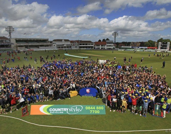 Cricket - LVCC Division Two - Kent CCC v Glamorgan CCC Day 3 - annual schools day at The Spitfire Ground, St Lawrence, Canterbury, England - 9 June 2015